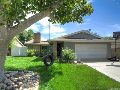 Newhall Single Family Home For Sale: 25110 Markel Drive