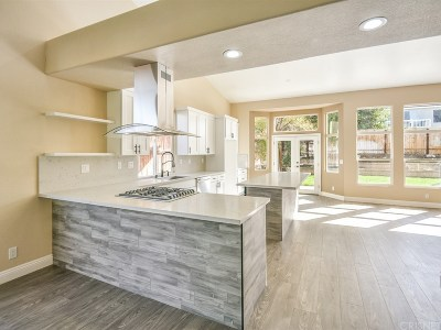 Canyon Country Single Family Home For Sale: 28222 Ridge View Drive