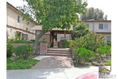 Van Nuys Condo/Townhouse For Sale: 7300 Lennox Avenue #A4