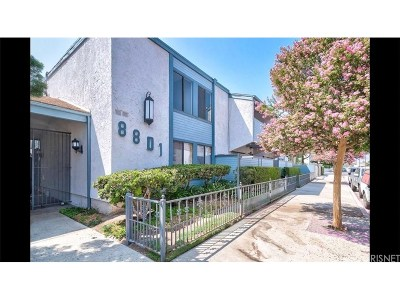 Canoga Park Condo/Townhouse For Sale: 8801 Independence Avenue #13