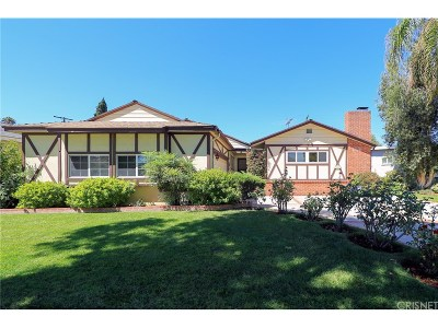 Single Family Home For Sale: 5945 Wish Avenue