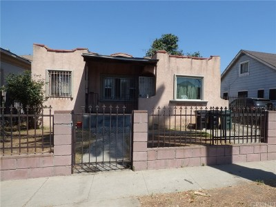 Los Angeles Single Family Home For Sale: 827 East 74th Street