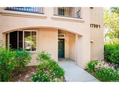 Canyon Country Condo/Townhouse For Sale: 17987 Lost Canyon Road #125