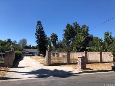North Hills Single Family Home For Sale: 9249 Aqueduct Avenue