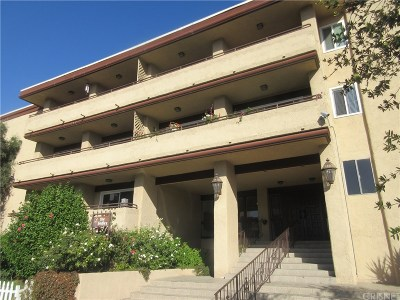 Encino Condo/Townhouse For Sale: 5412 Lindley Avenue #216