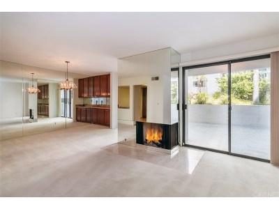 Condo/Townhouse For Sale: 15325 Magnolia Boulevard #103