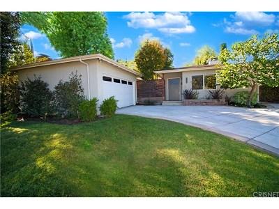Woodland Hills Single Family Home For Sale: 22136 Tiara Street
