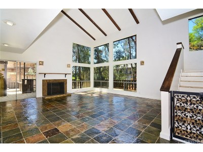Woodland Hills Single Family Home For Sale: 4317 Morro Drive