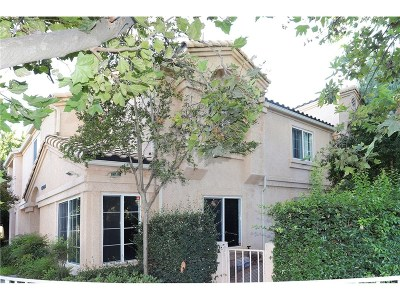 Stevenson Ranch Condo/Townhouse For Sale: 25224 Steinbeck Avenue #D