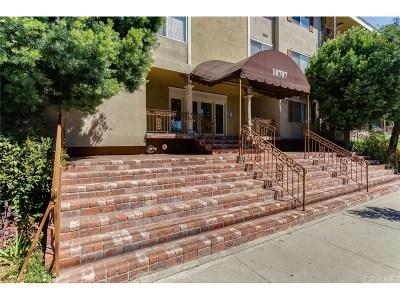 Toluca Lake Condo/Townhouse For Sale: 10707 Camarillo Street #306