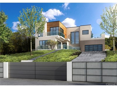Los Feliz Single Family Home For Sale: 2610 Park Oak Drive