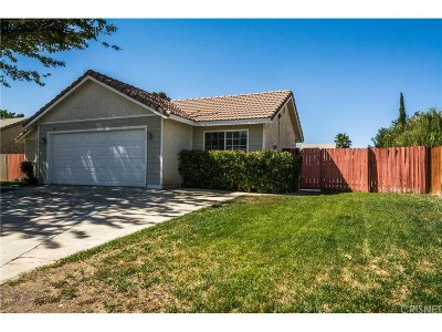 Lancaster Single Family Home For Sale: 44153 Acacia Street