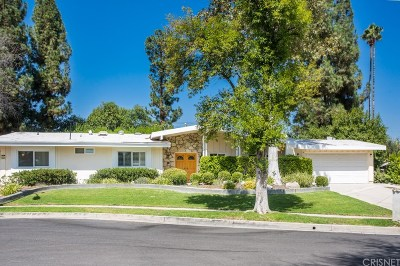 Woodland Hills Single Family Home For Sale: 23841 Albers Street
