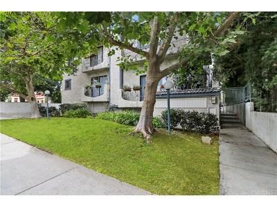 Chatsworth Condo/Townhouse For Sale: 10234 Variel Avenue #2