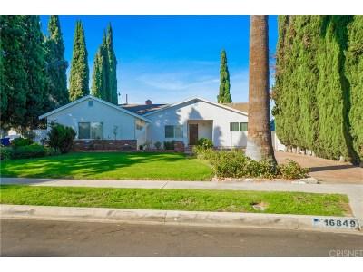 Granada Hills Single Family Home For Sale: 16849 Blackhawk Street