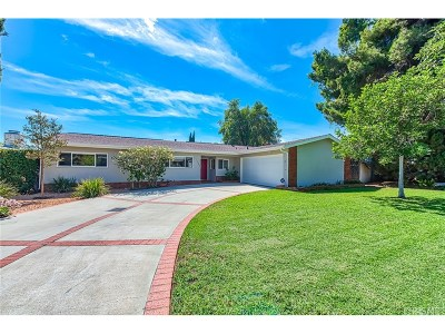 Granada Hills Single Family Home For Sale: 17528 San Jose Street