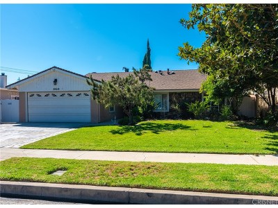 Chatsworth Single Family Home For Sale: 20618 Romar Street