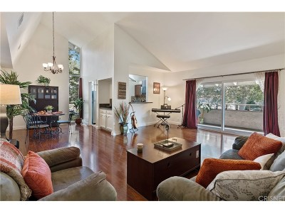 Westlake Village Condo/Townhouse For Sale: 31552 Agoura Road #7