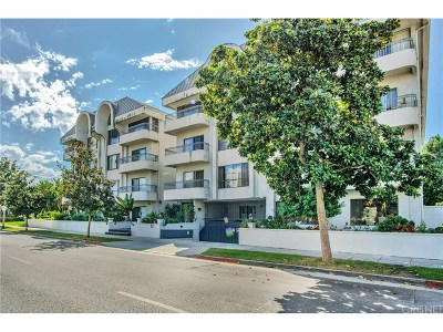 Beverly Hills Condo/Townhouse For Sale: 221 South Gale Drive #102