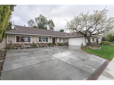 West Hills Single Family Home For Sale: 8204 Clemens Avenue