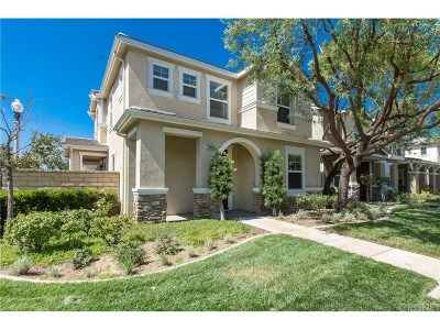 Valencia Single Family Home For Sale: 27403 Coldwater Drive