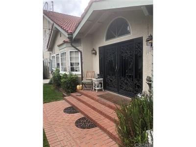 Chatsworth Single Family Home For Sale: 9855 Shoup Avenue
