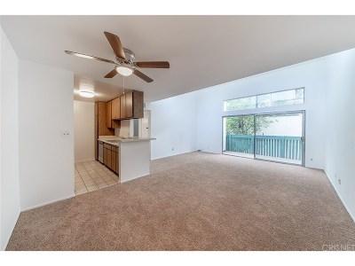Tarzana Condo/Townhouse For Sale: 5700 Etiwanda Avenue #280