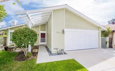 Valencia Single Family Home For Sale: 25426 Via Labrada