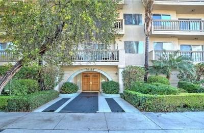 Encino Condo/Townhouse For Sale: 5400 Lindley Avenue #312A