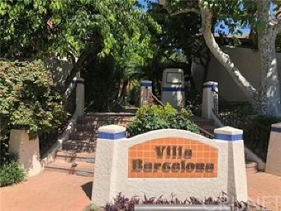 Woodland Hills Condo/Townhouse For Sale: 6212 Nita Avenue
