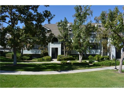 Canyon Country Condo/Townhouse For Sale: 26864 Claudette Street #718