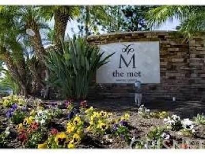 Woodland Hills Rental For Rent: 5520 Owensmouth Avenue #211