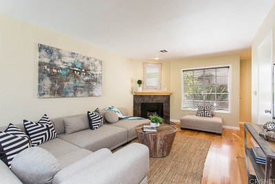 Sherman Oaks Condo/Townhouse Sold: 14727 Magnolia Boulevard #118
