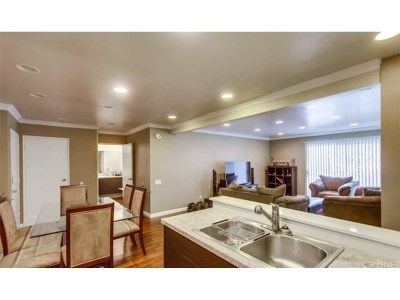 Encino Condo/Townhouse For Sale: 5460 White Oak Avenue #K108