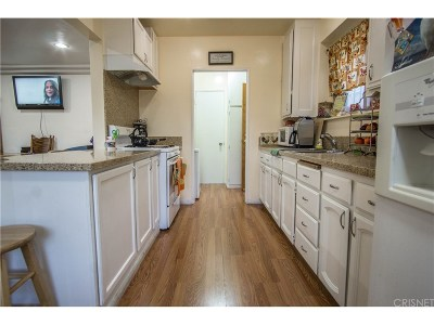 Los Angeles Single Family Home For Sale: 828 West 98th Street