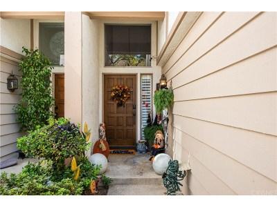 Tarzana Condo/Townhouse For Sale: 18319 Collins Street #6