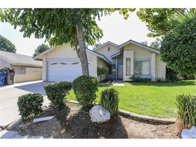 Los Angeles County Single Family Home For Sale: 23220 Osage Ridge Road