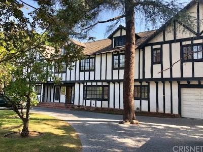 Tarzana Single Family Home For Sale: 5326 Topeka Drive