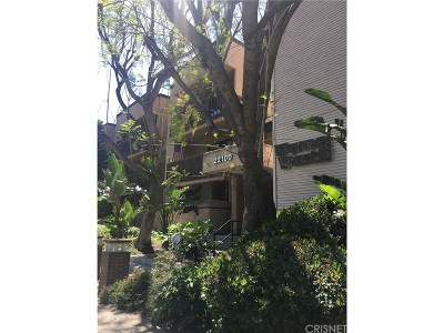 Woodland Hills CA Condo/Townhouse For Sale: $377,950