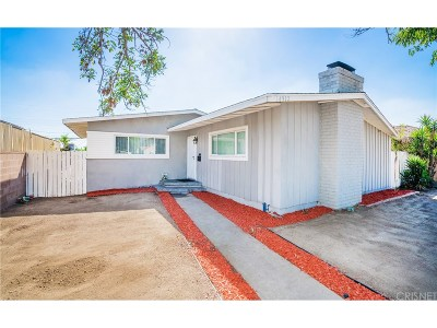 Single Family Home For Sale: 14912 Chatsworth Street