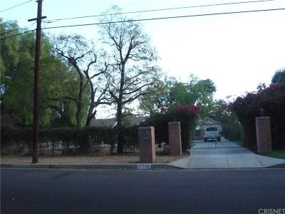 Northridge Single Family Home For Sale: 17732 Fullerfarm Street