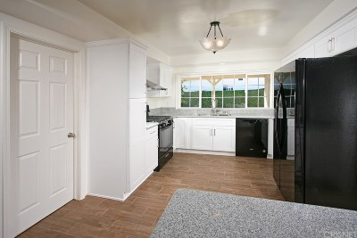 Winnetka Single Family Home For Sale: 8473 Oso Avenue