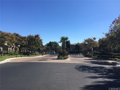 Palmdale Condo/Townhouse For Sale: 2676 Greenwood Court