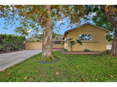Northridge Single Family Home For Sale: 8502 Garden Grove Avenue