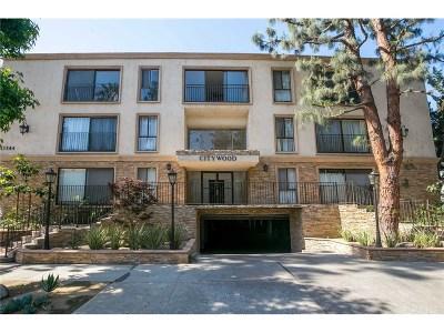 Sherman Oaks Condo/Townhouse For Sale: 15344 Weddington Street #112
