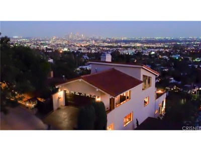 Los Angeles Single Family Home For Sale: 7866 Fareholm Drive