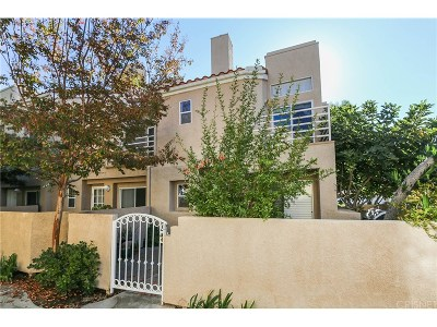 Stevenson Ranch Condo/Townhouse For Sale: 25731 Perlman Place #A