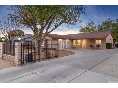 Lancaster Single Family Home For Sale: 4343 West Avenue L6