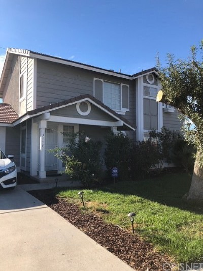 Palmdale Single Family Home For Sale: 37751 Dixie Drive