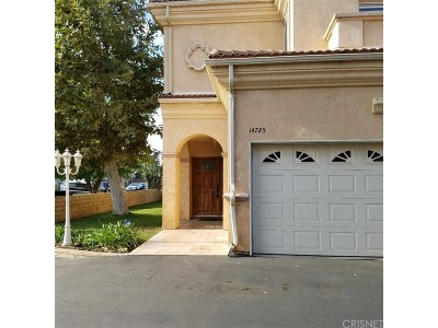 Sylmar Condo/Townhouse For Sale: 14725 Forest Edge Drive